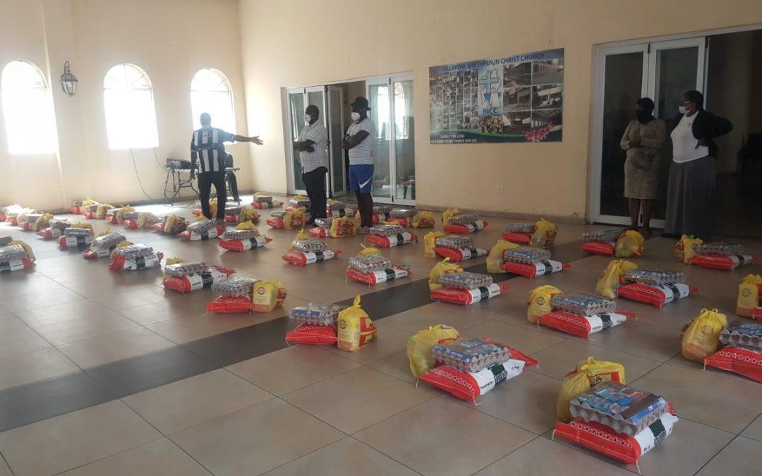 ADF/Afrika Awake donate food parcels to Zimbabwean Community in SA